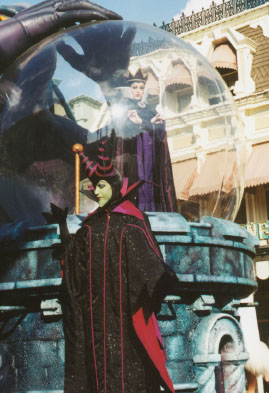 Autumn's favorite villians, Maleficent and the Wicked Queen in the parade